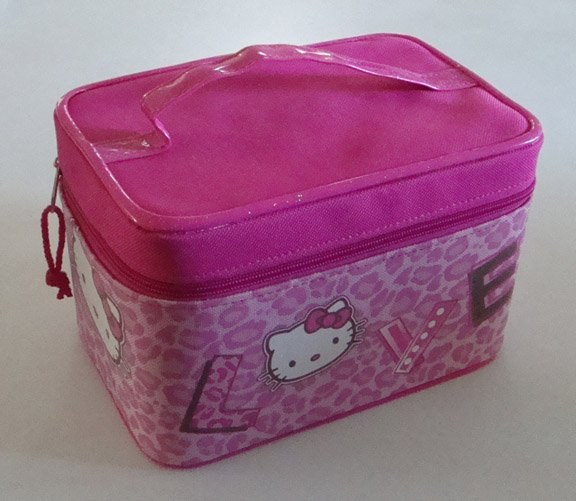 Sanrio 2007 Hello Kitty LOVE Pink Leopard Print Travel Case