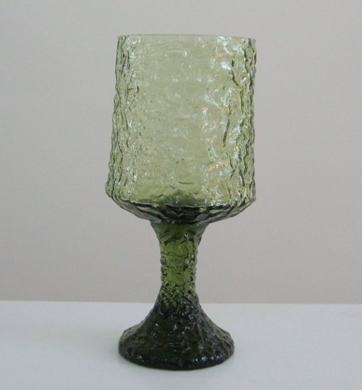 Vintage Indiana Glass ????? Green Footed Water Glass / Goblet