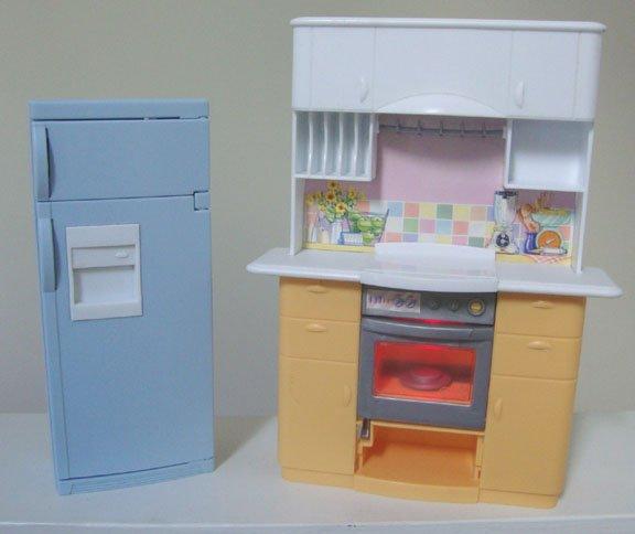Vintage Mattel 1999 Barbie Light Up Kitchen Center Stove Oven & Refrigerator
