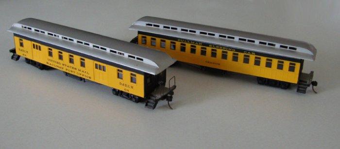 Vintage Train HO Scale Train Cars
