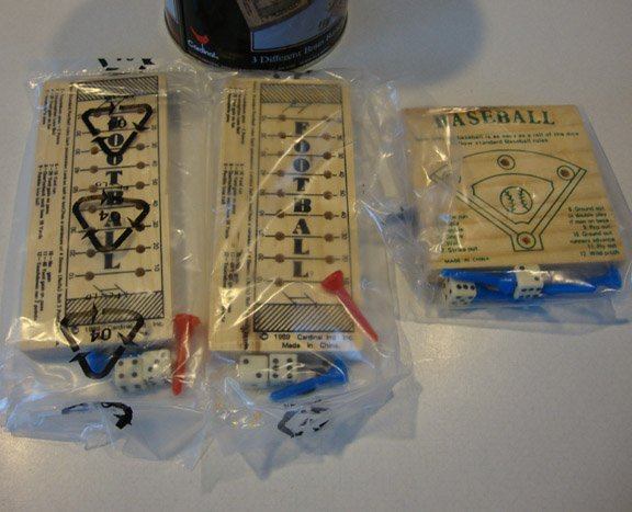 Vintage 1993 Premier Edition Cardinal Sport Teasers No. 672T Game in Tin