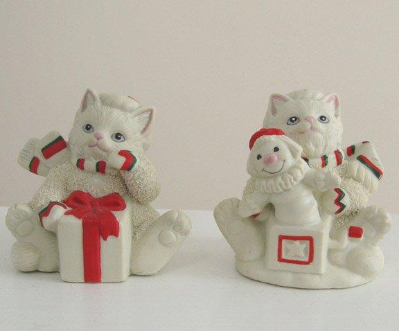 Vintage 1990s Lefton Kitty Snowflake Figurine - Set of 2
