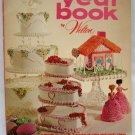 Vintage 1973 Wilton Cake & Food Decorating Year Book