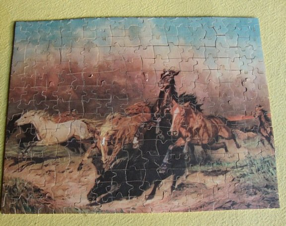 """Vintage 1932 Jig of the Week No. 15 """"Wild Horses"""" - 300 Pieces"""
