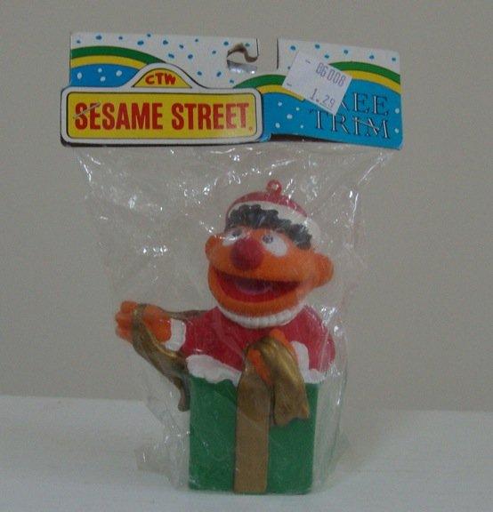 2002 Kurt Adler Sesame Street Ernie in Gift Box Holiday Ornament # 273 Mint in Package