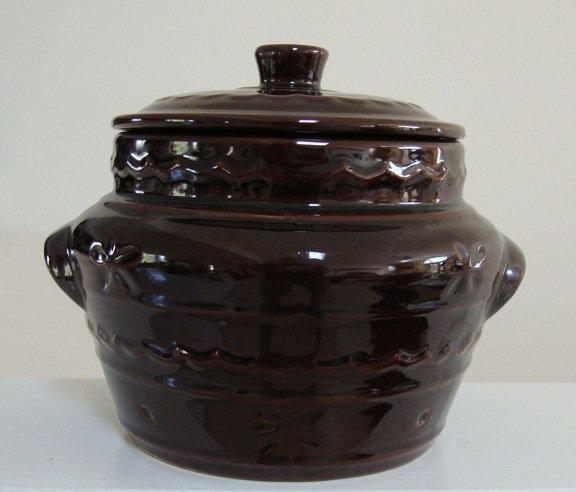 Vintage Marcrest Daisy Dot Brown Bean Pot
