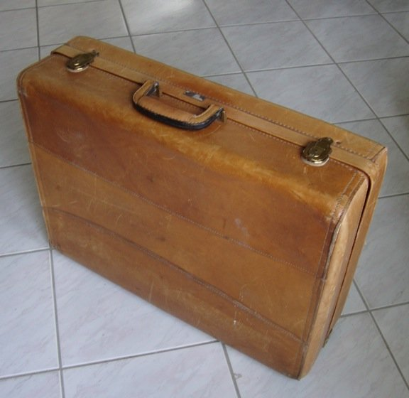 Vintage Hartmann Custom Crafted Tan Leather Suitcase Luggage Case