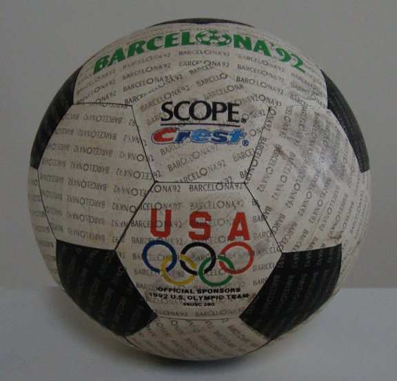 Vintage 1992 Scope Crest USA Olympics Official Sponsors Soccer Ball Barcelona '92