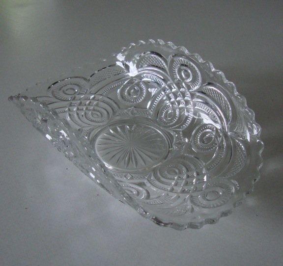 Vintage Imperial Glass Pattern Banana/ Fruit/ Console Bowl EAPG