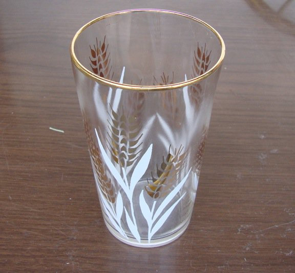 Vintage Golden Wheat Glass Tumbler Gold Amp White Set Of 7