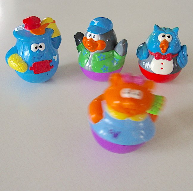 Hasbro Playskool Weebles - Bakington Stove, Penguin, Owl & Cat