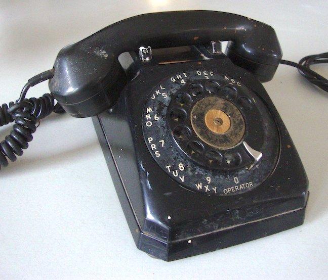 Vintage Stromberg Carlson 1543W Rotary Desk Telephone - Black