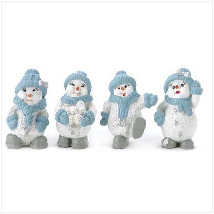 Snow Buddies Figurine Set