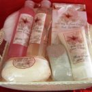 WILD LILY & SWEET ORANGE 7 PC BATH SET IN WIRE BASKET