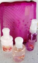 BATH & BODY WORKS SWEET PEA 2 OZ 3 PC MINI TRAVEL BATH SET