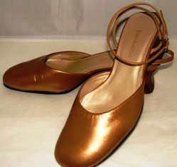 ENZO ANGIOLINI WOMEN'S ANKLE STRAP GOLD SHOES SIZE 7m