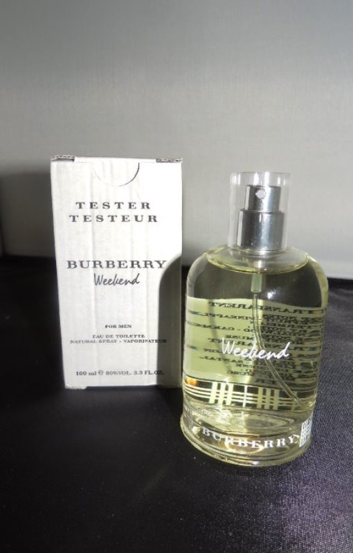 BURBERRY WEEKEND MEN 3.3 0Z SPRAY COLOGNE ( NEW TESTER)
