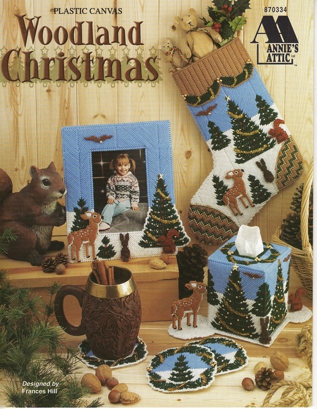 Woodland Christmas Home Decorations Plastic Canvas Pattern Book
