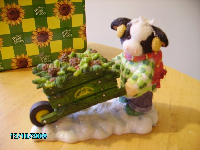 "Mary's Moo Moo ""Wheel Have a Beautiful Christmas"" John Deere"