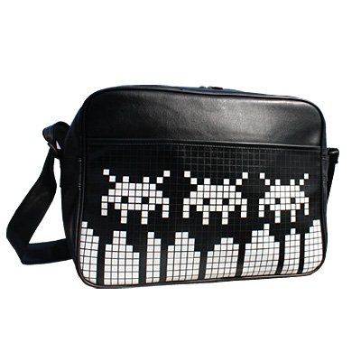 Space Dip Triple Retro Messenger Bag (Black)