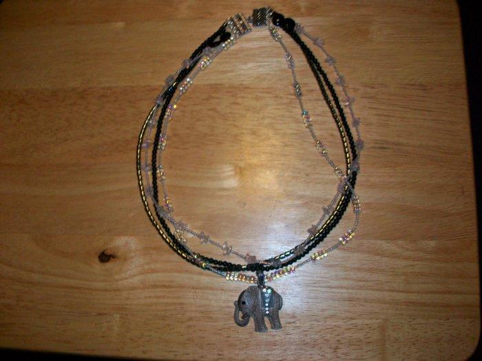 Elephant Necklace pink
