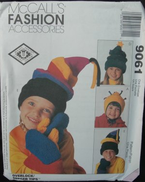 MCCALLS  9061 ADULTS' AND KIDS' HATS & MITTENS PATTERNS