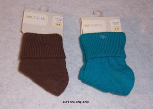 Girls 0-6 month Old Navy socks, 2 pairs - both NWT