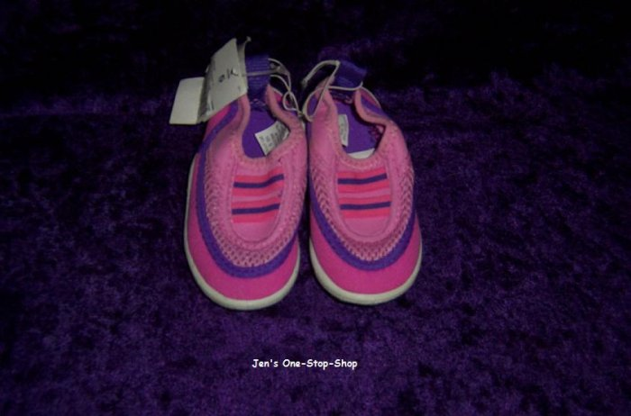 Girls size 5 (Infant/Toddler) water shoes - New With Tag!!