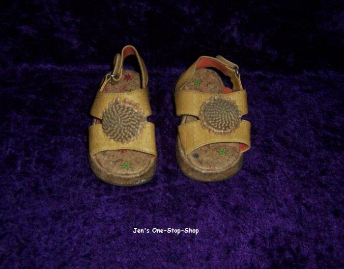 Girls size 5M Carter's Sandals