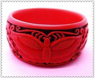 carved lacquer bracelet � 11