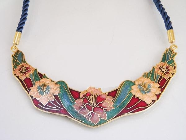 Beautiful Closionne necklace�12