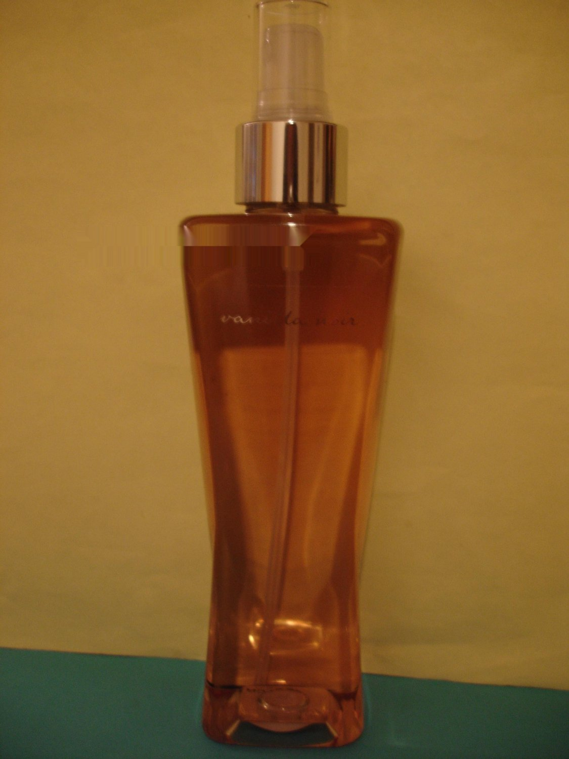 Bath & Body Works Vanilla Noir Splash Mist Large Full Size