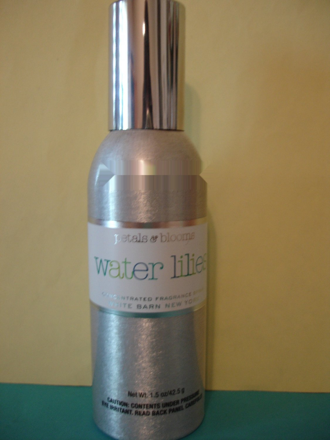 Bath and Body Works Water Lilies Home Fragrance Spray