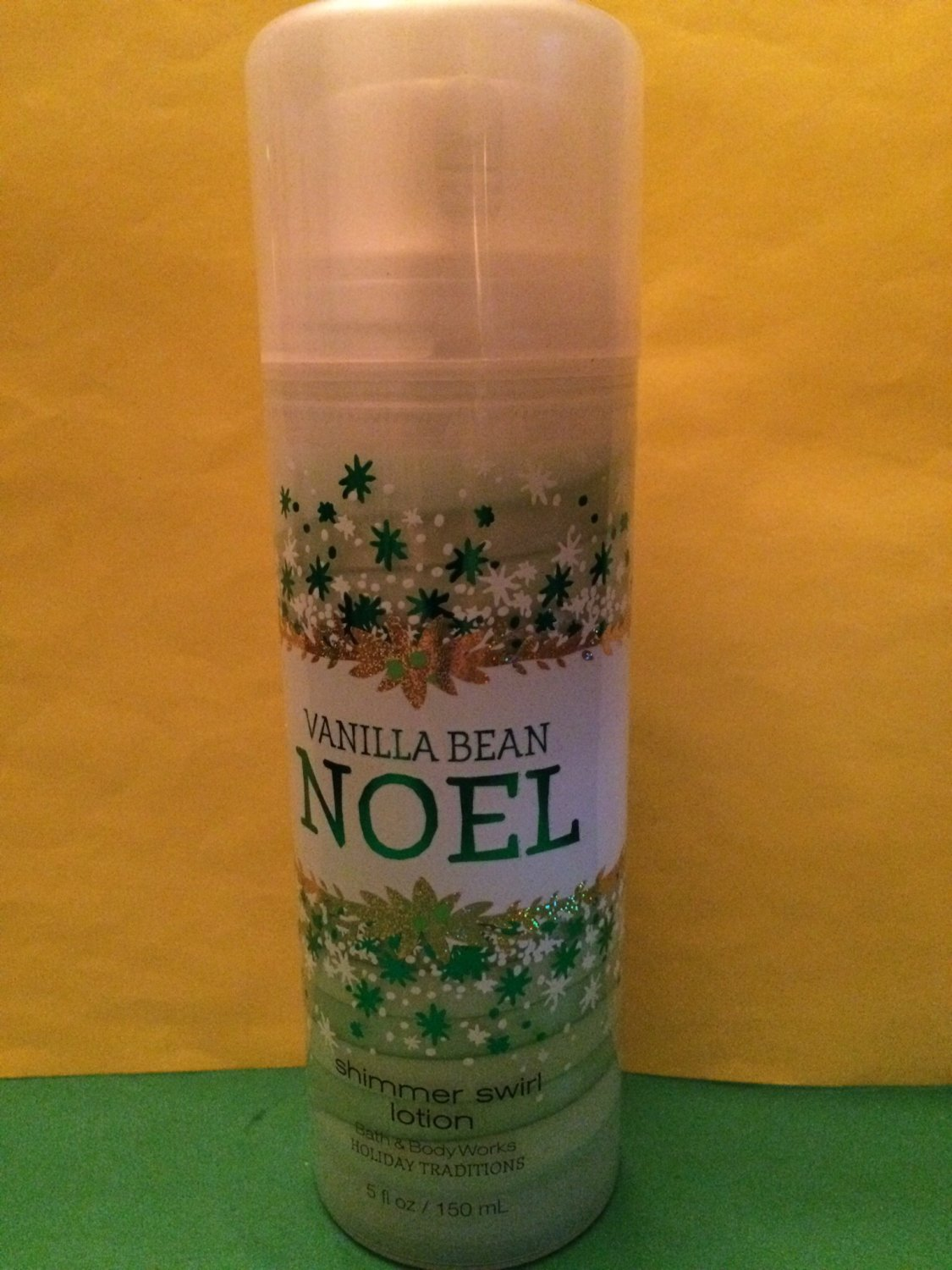 Bath Body Works Vanilla Bean Noel Shimmer Shea Swirl Body Lotion