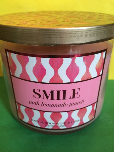 Bath and Body Works Smile Pink Lemonade 3 Wick Candle Large