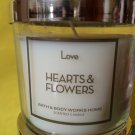 Bath & Body Works Love Hearts and Flowers 4 oz Candle