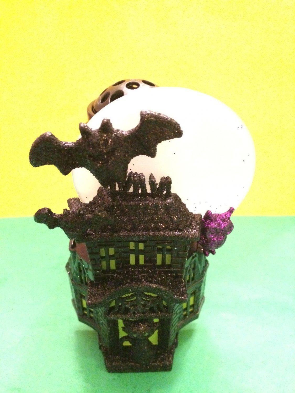 Bath and Body Works Halloween Haunted House Night Light Wallflower Unit