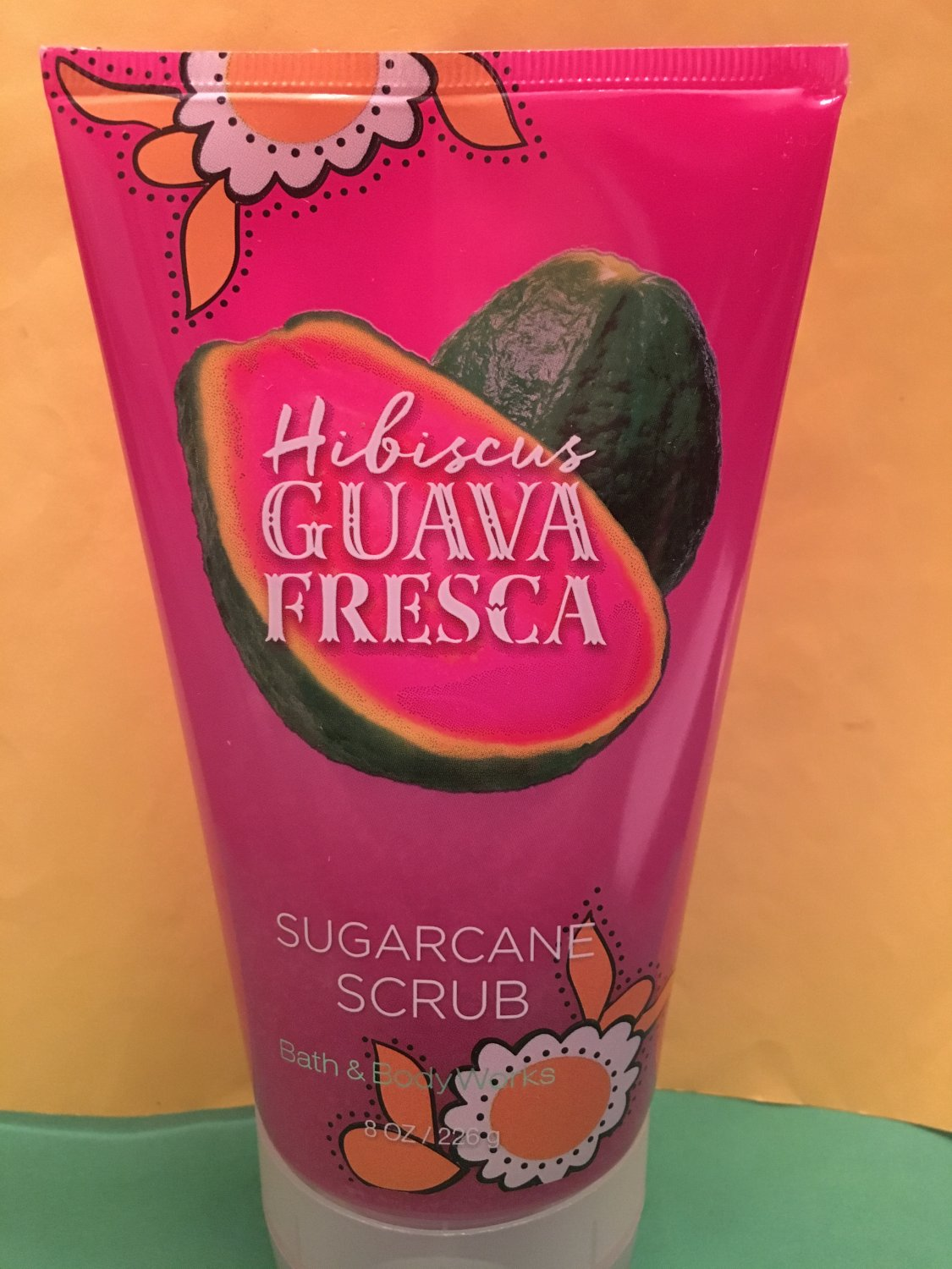 Bath & Body Works Hibiscus Guave Fresca Sugarcane Scrub