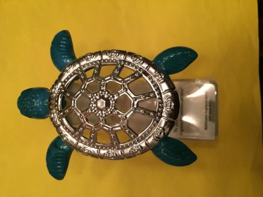 Bath & Body Works Turtle Regular Wallflower Unit Green with Silver