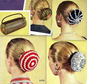 Four Chignons and Bag Crochet Patterns Vintage 723050
