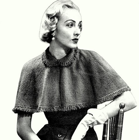 Knitted Capelet Pattern - 2 yarn versions - Vintage 726015