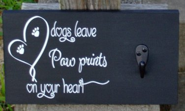 Dog Leave Paw Print Heart Wood Vinyl Dog Puppy Leash Collar Holder Sign Pet Supply Walker Wall Hang