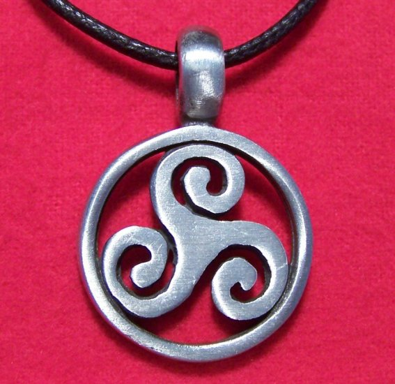 Silver Tone Pewter Celtic Triple Swirl Pendant Necklace