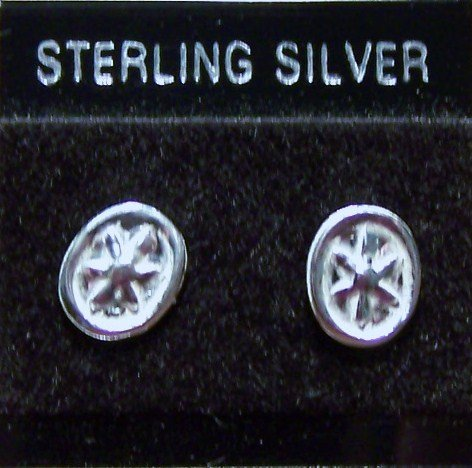 .925 Sterling Silver Leaf Design Stud Earrings Made in Thailand
