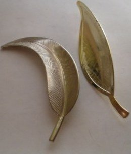 Vintage Lot of 2 Leaf Autumn Fall Brooches