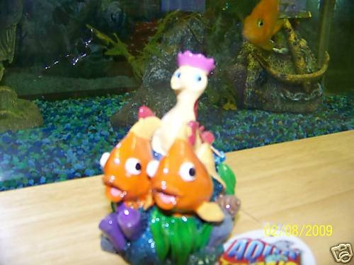 Aqua Toons RIDING SEAHORSE Decoration for aquariums NEW