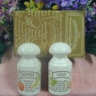 Avon COUNTRY KITCHEN Ceramic SALT & PEPPER Shakers LQQK