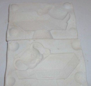 SMALL CERAMIC MOLD ~ MOUSE MATCHBOX ~ DECORATIONS