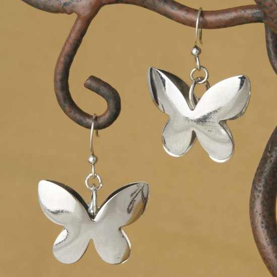 Polished 3D Butterfly Dangle Fashion Earrings, Dimensional