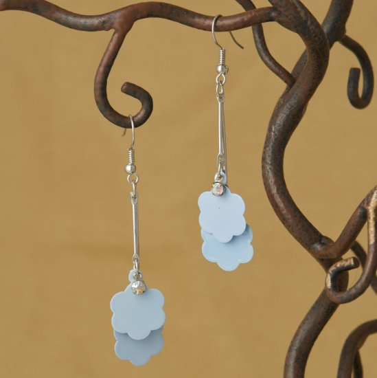 Sky Blue Flower Dangle Fashion Earrings
